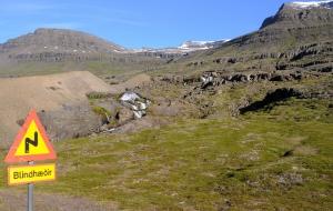 Umrundung Halbinsel Reydarfjördur-Fjord, Faskrudsfjördur-Fjord, Tunnel